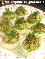 Oua-umplute-cu-guacamole-1