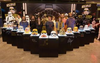 Artistas+personajes + cascos Evento Star Wars - Abasto