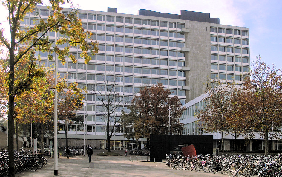 One of the many buildings on the campus of Tilburg University