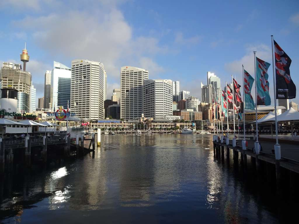 Darling Harbour in Sydney is great place to go for drinks, lunch, or dinner!