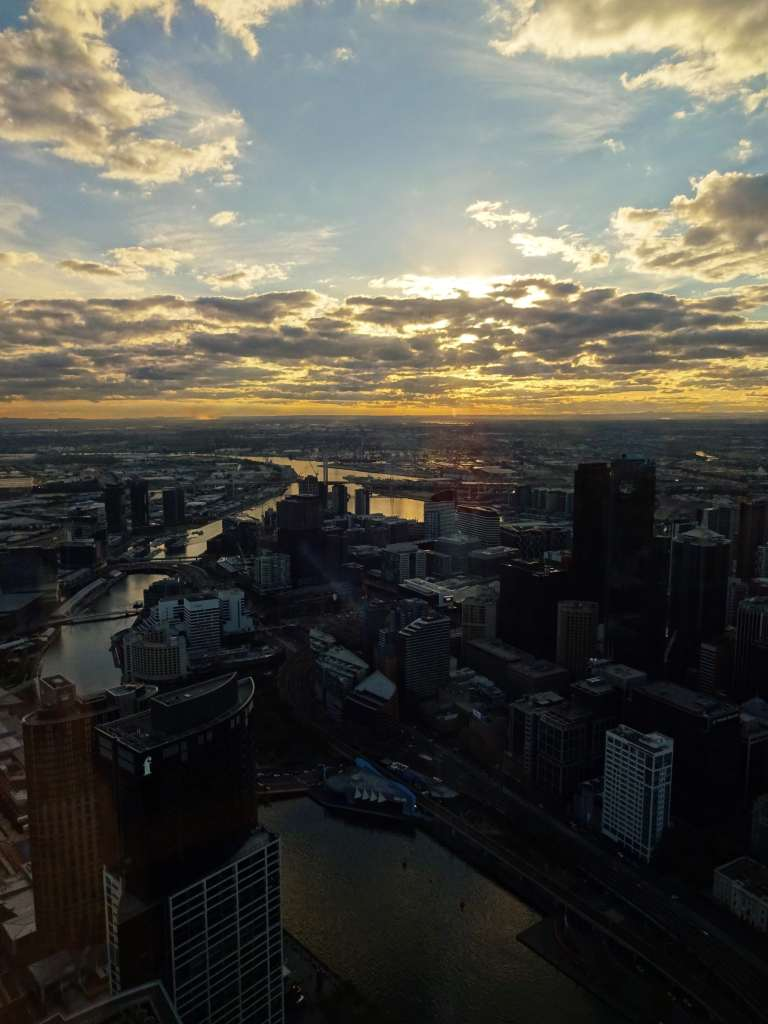 Stunning sunset from Eureka Tower on a cloudy day (!) in Melbourne, Australia