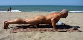 muscle daddy naked beach sexercise