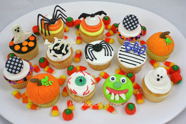 Halloween Cupcake Decorating Tutorial
