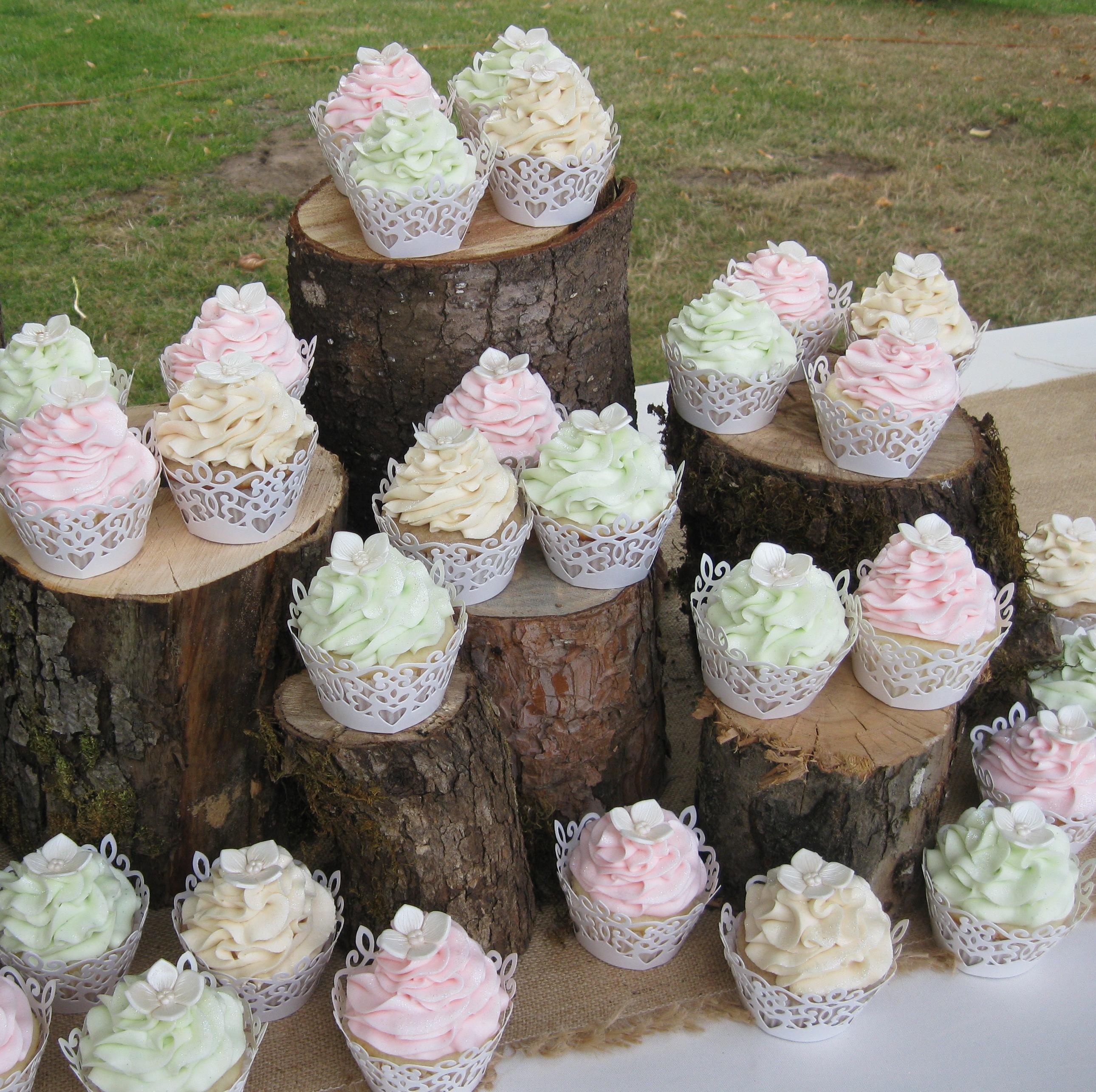 calla lily cupcake ideas wedding cupcake ideas IMG c