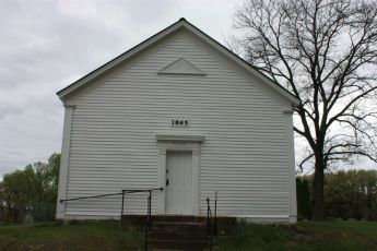 Wee White Kirk- church where John Muir's family attended