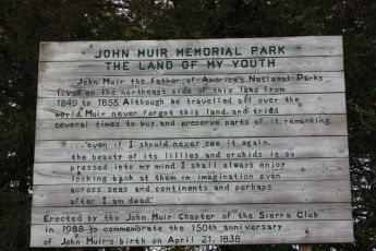 sign in Muir Park