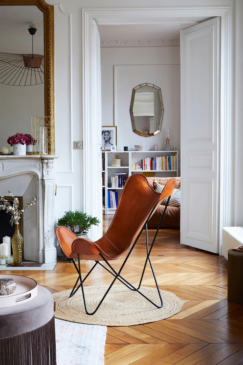 Velvet Sofa Wear And Tear This Parisian Apartment Will Make You Want A Velvet Sofa A Cup Of Jo