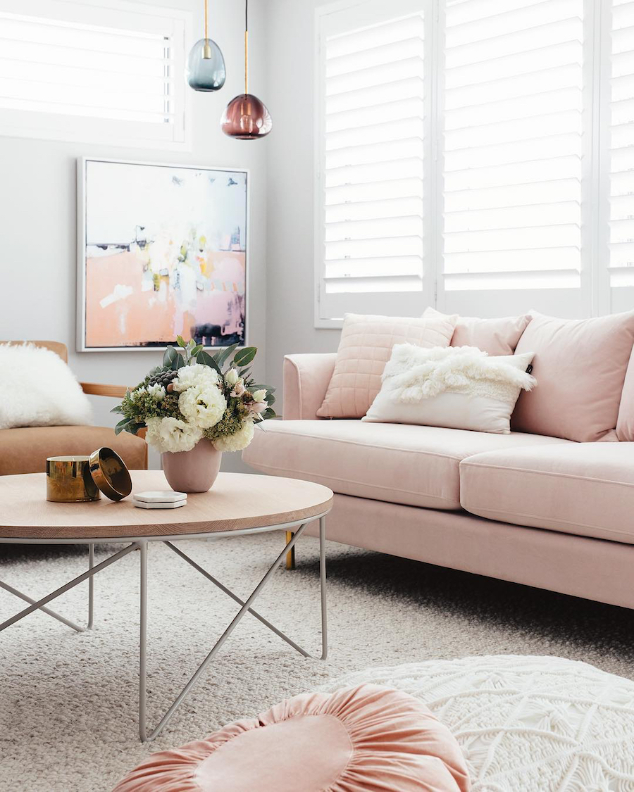 Interio Bettsofa Naimo 18 Chic Blush Pink Sofas How To Style Them