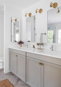 26 Modern Brass Sconces for Every Budget!
