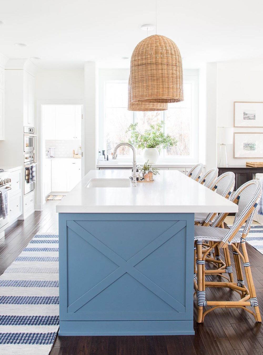 17 Coastal Kitchen Decor Ideas For A Beach Home