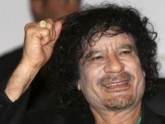 Como murio Gadafi