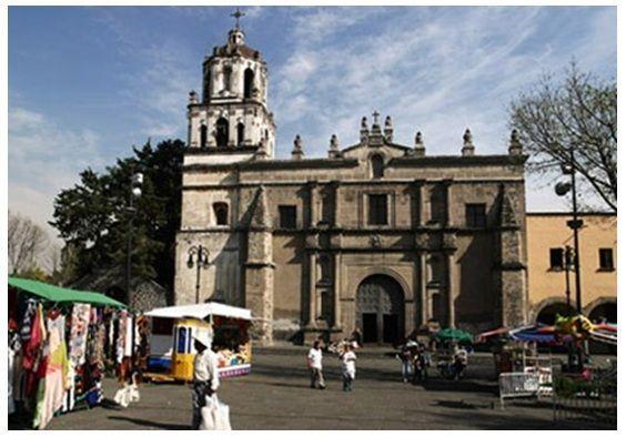 Curiosas tradiciones y eventos en la plaza de Coyoacán, Ciudad de México