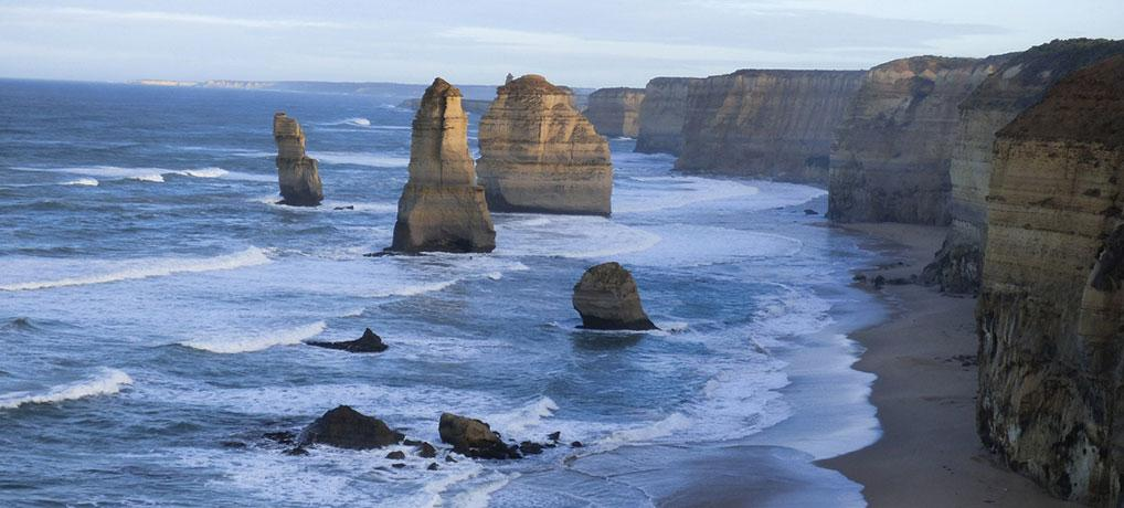 THE EPIC ROAD TRIP ON THE GREAT OCEAN ROAD