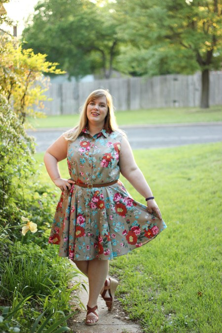 McCalls 7351 -- Idle Fancy -- Mood Fabrics - Floral Cotton Sateen -18-2