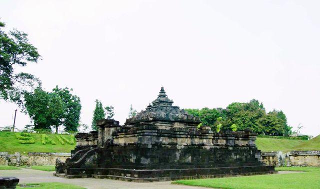 Candi Sambisari in Yogyakarta