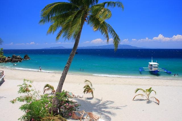 Talipanan Beach in Puerto Galera