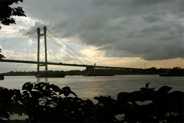 outram ghat, calcutta, india, hoogly bridge