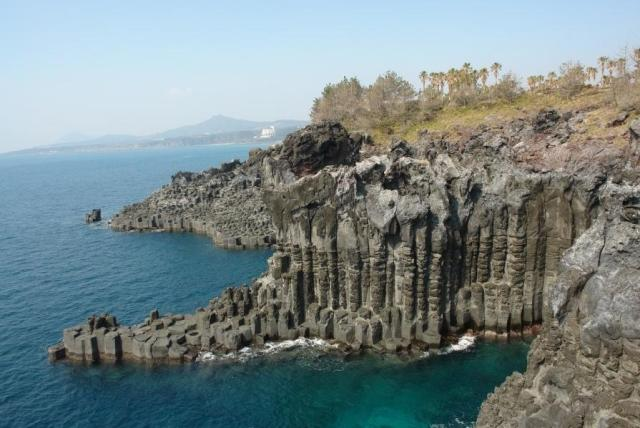 jusangjeolli cliffs, south korea, jeju