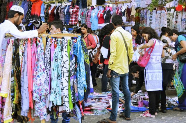 linking road bandra, shopping area, mumbai
