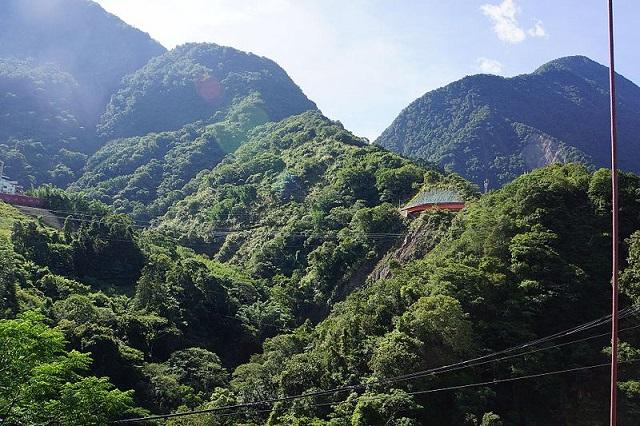 batongguan trail, nantou, taiwan