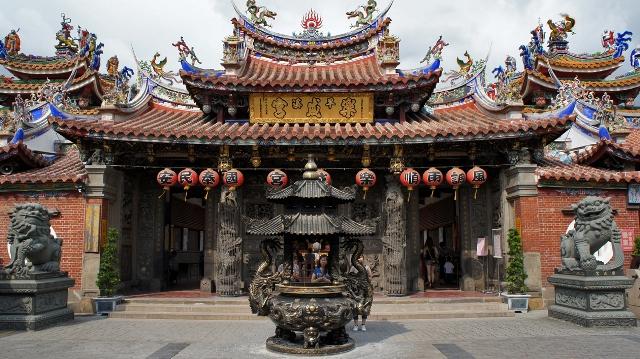 lecheng temple, taiwan, taichung