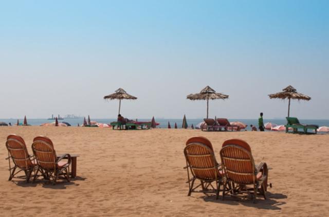 candolim beach, goa, india