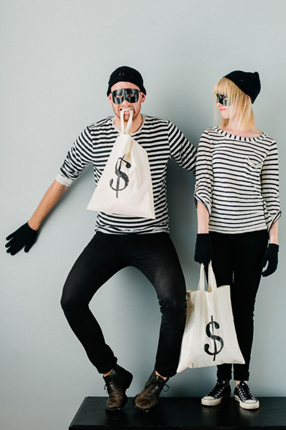 Diy Bank Robber Shirt Simple Diy Halloween Costumes