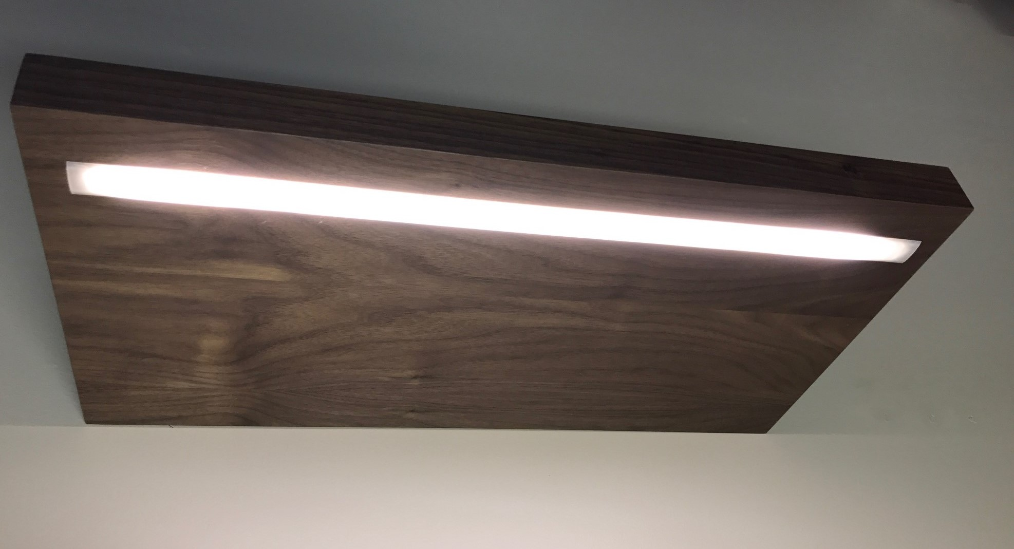 Regal Mit Beleuchtung Led Lighting Options For Custom Floating Shelves