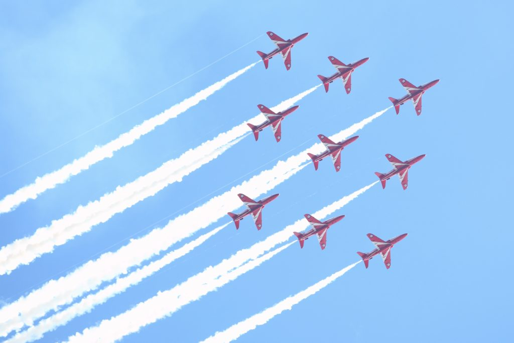 Aeroplane Fly Red Arrows Air Show - Custom Wallpaper
