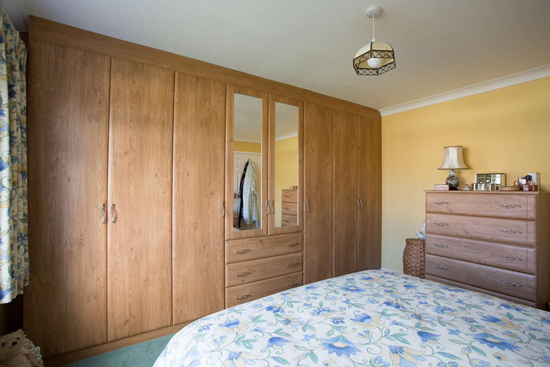 Wall To Wall Wardrobes Fitted Wardrobes Custom World Bedrooms