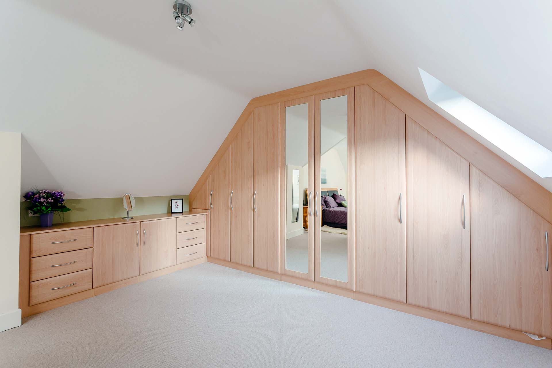 Wall To Wall Wardrobes Fitted Furniture Weymouth And Portland Custom World Bedrooms