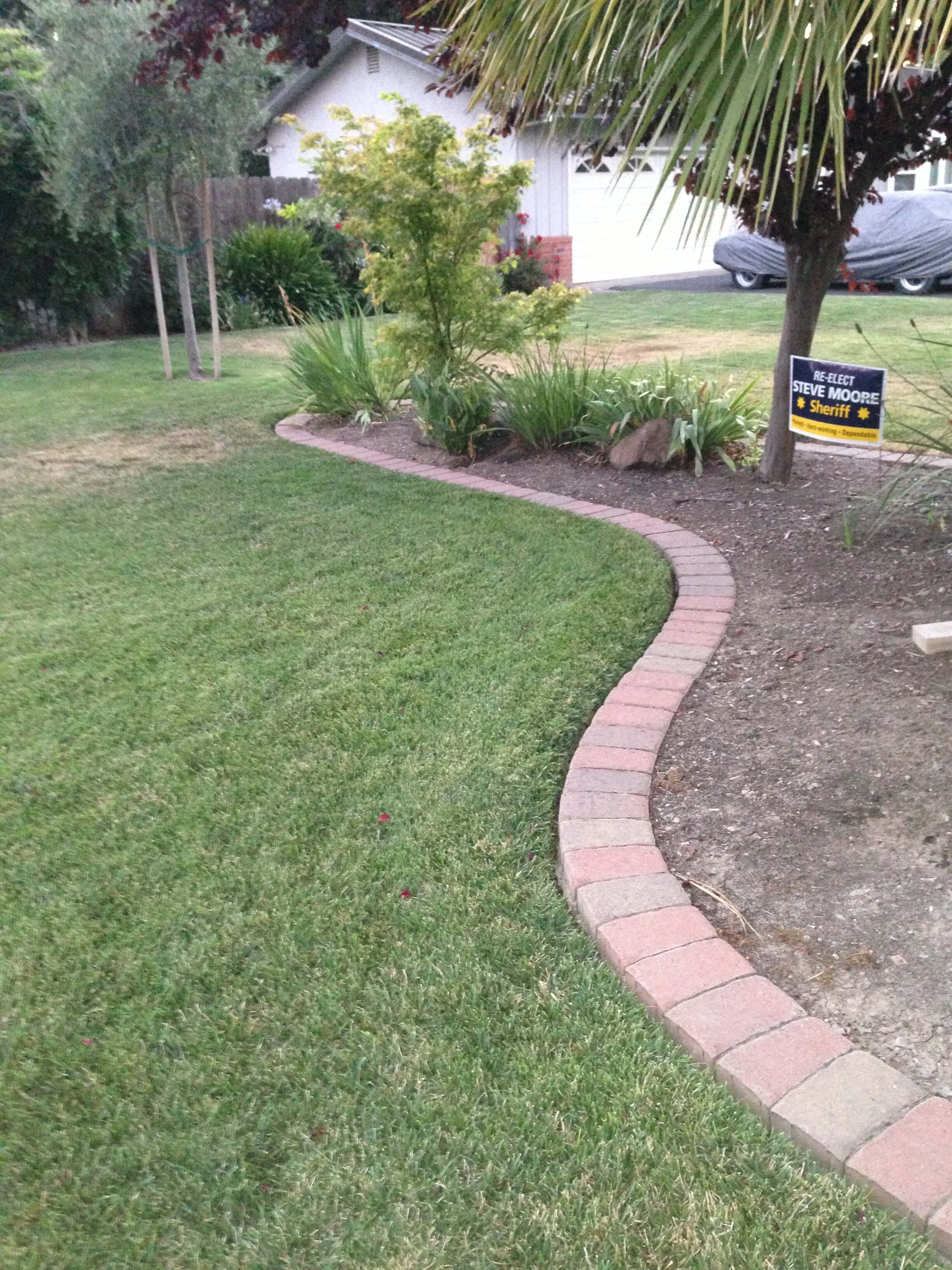 Pavers For Driveway Mow Strips | Cutting Edge Pavers