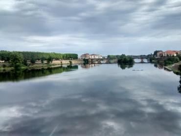 La Loire à Roanne vue du train