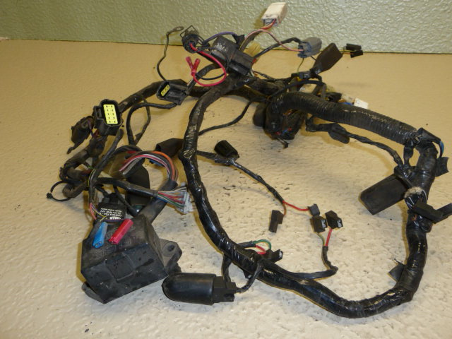 1996 TRIUMPH TRIDENT 900 MAIN WIRING HARNESS and other Used