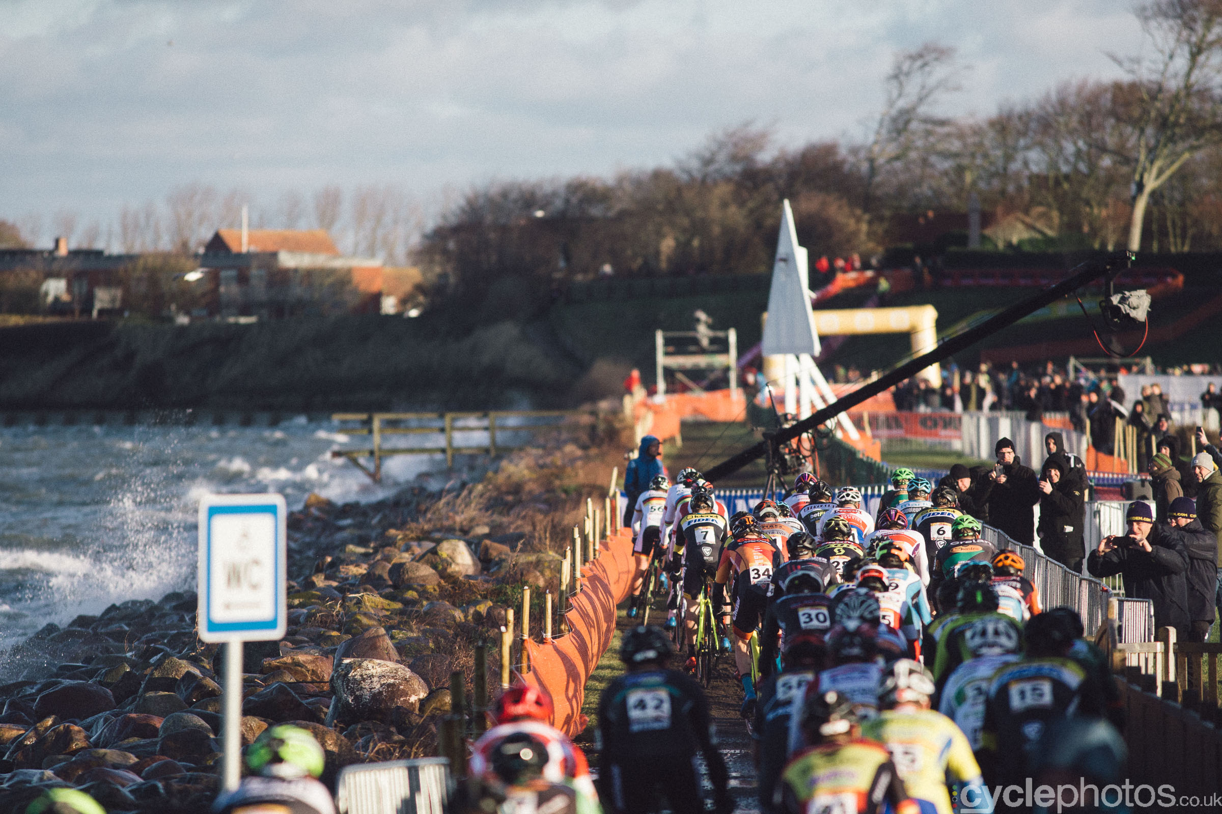 Elite men's start at UCI Cyclocross World Cup #4 - Bogense, DEN