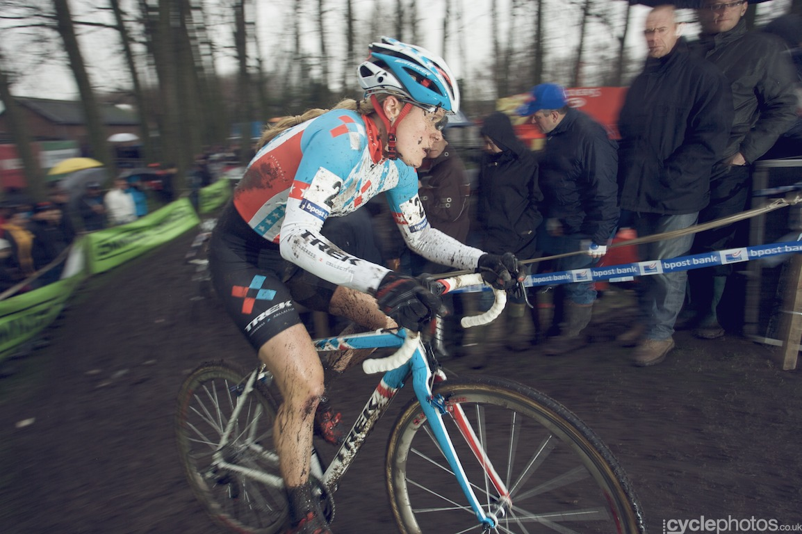 Katie Compton in the first lap of the fifth round of the Bpost Bank Trofee Azencross in Loenhout.