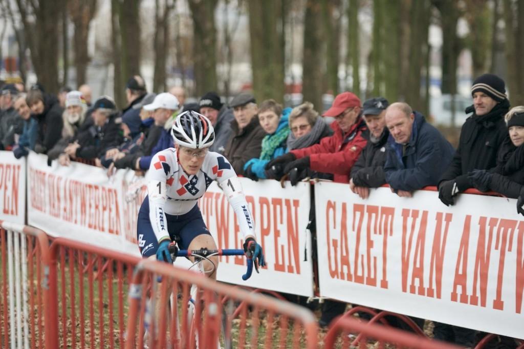 2013-cyclocross-scheldecross-11-katie-compton