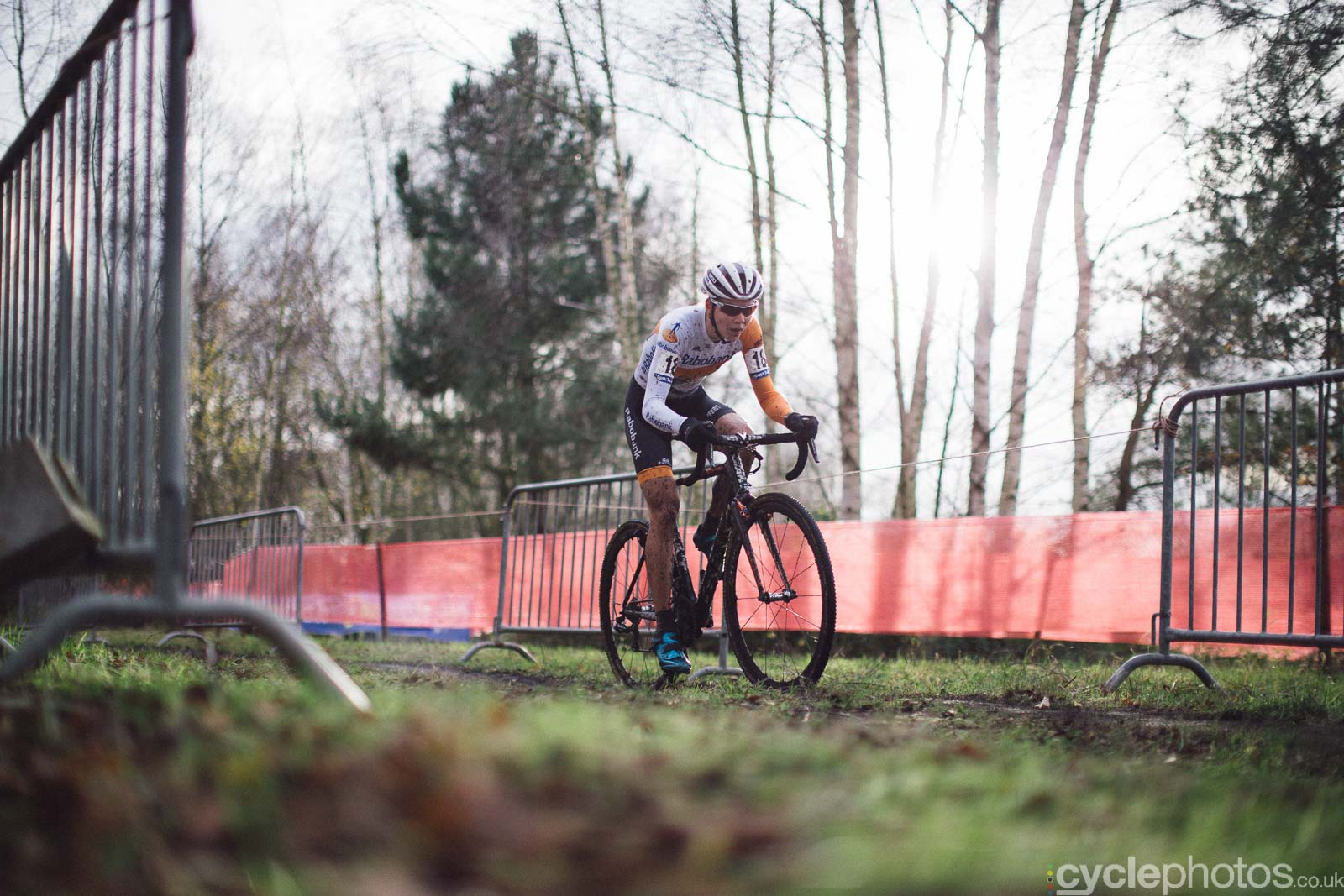 2015-cyclephotos-cyclocross-essen-142246-thalita-de-jong