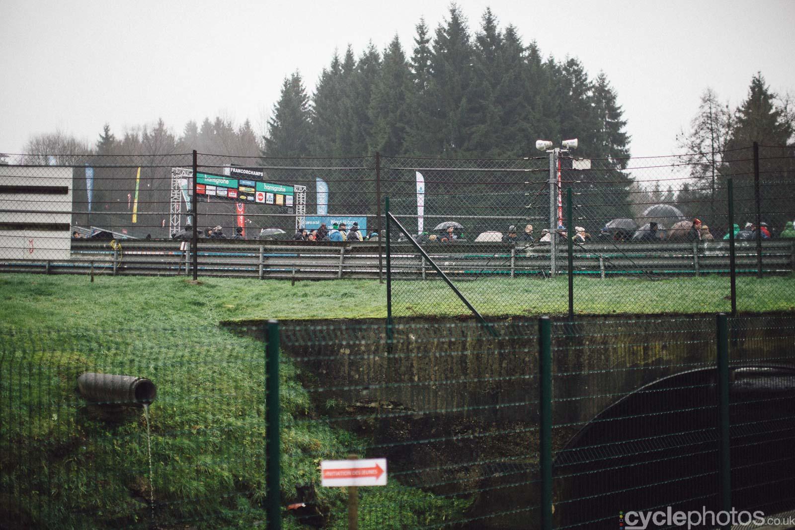 2015-cyclephotos-cyclocross-spa-144336-race