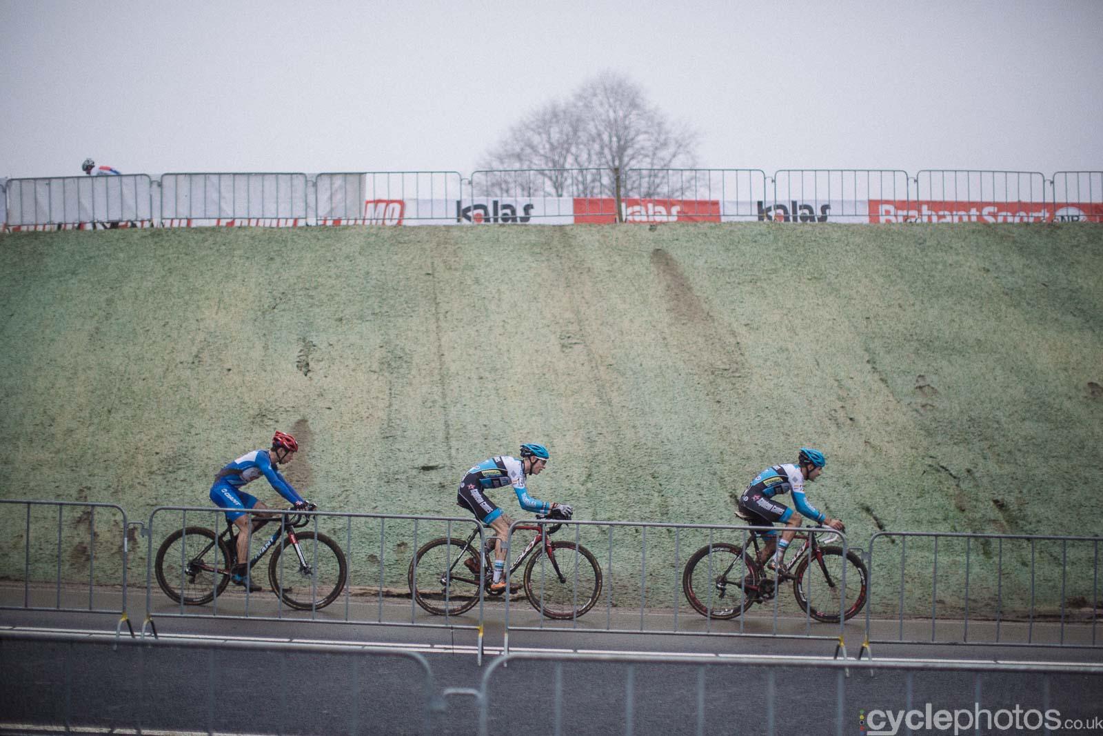 2016-cyclephotos-cyclocross-hoogerheide-152535-lars-michael-gianni