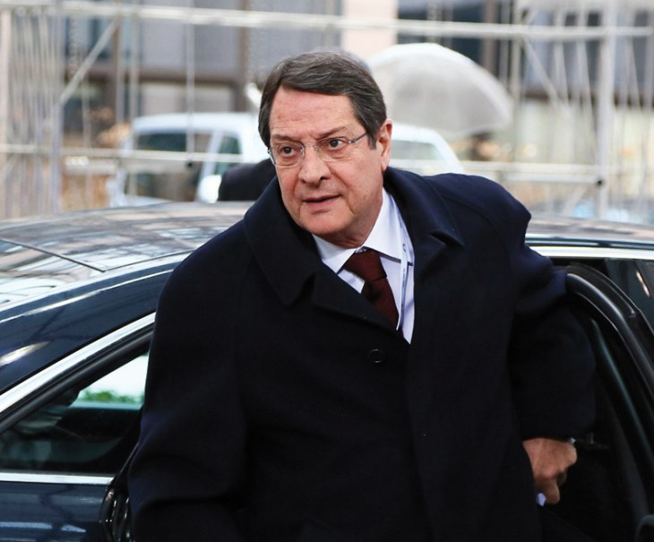 Anastasiades back in hospital for overnight stay (Update)