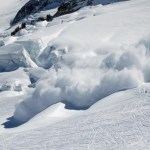 At least nine Nepali guides killed in Everest avalanche