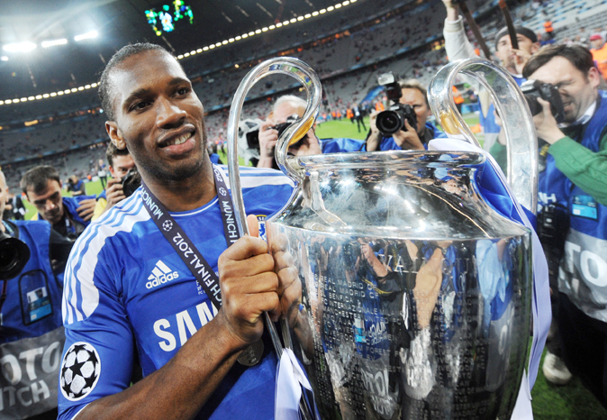 Drogba returns to 'special' Chelsea on one-year deal