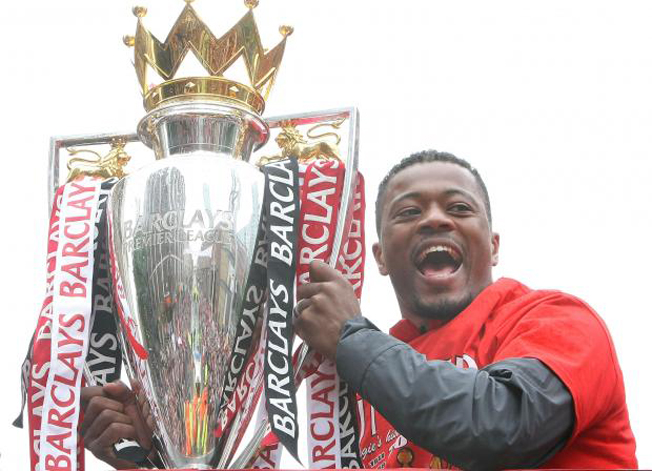 Juventus sign Frenchman Evra from Man United