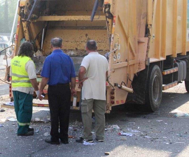 Lakatamia in a bind over garbage collection