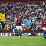 Ozil inspires, Welbeck scores in Arsenal easy win at Villa
