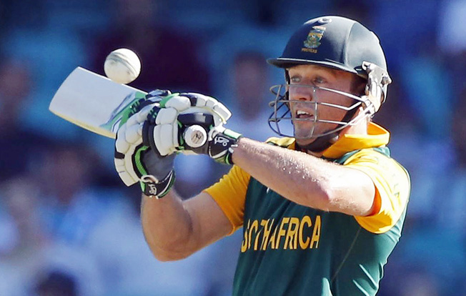 De Villiers carnage drives South Africa to record win