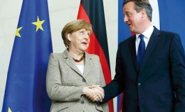 Merkel promises to work with Britain's Cameron on reform of EU