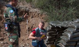Cyprus 'mission' for 007's Craig:  visit brings home humanitarian aspect of landmine scourge (Update)