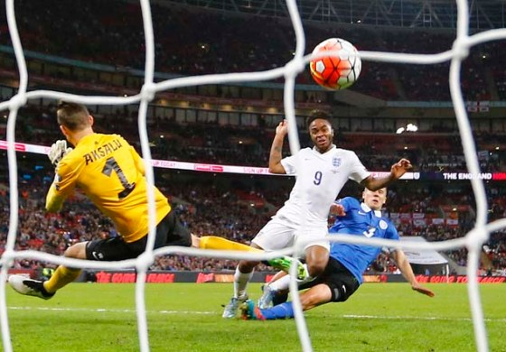 Englandcruise against impotent Estonia to secure ninth win